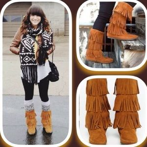 Minnetonka 3-Layer Fringe suede Leather Boots